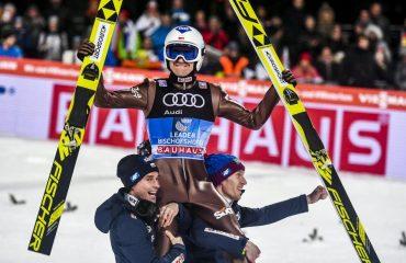 Kamil Stoch wygrywający 66 Turniej Czterech Skoczni